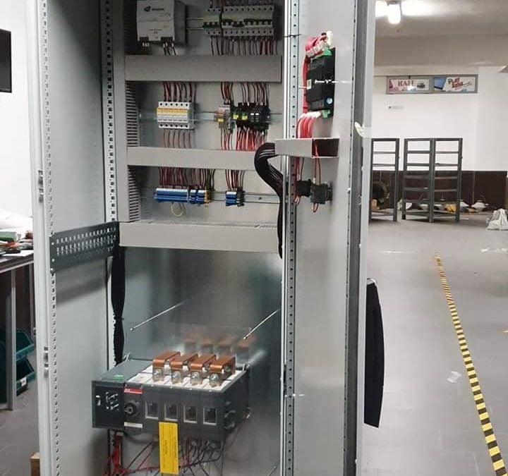 ATS ,AMF , Panel kontrolli automatik per gjenerator 550 kVA me çeles te motorrizuar ABB